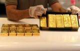 Giá vàng thế giới tăng hơn 2% trong tuần qua, đồng USD vững giá