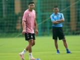 HLV Chu Đình Nghiêm: Văn Hậu chủ động xin tập sớm cùng Hà Nội FC