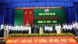 Ông Trần Thanh Phong tái đắc cử Bí thư Huyện ủy Đức Huệ nhiệm kỳ 2020-2025
