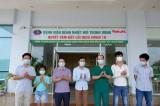 Thêm 12 trường hợp được công bố khỏi bệnh COVID-19