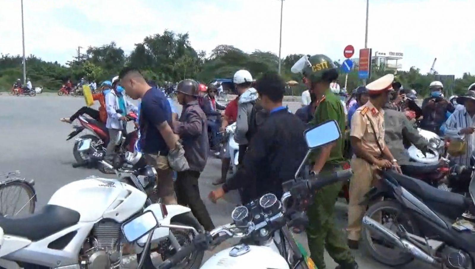 Người dân tham gia vây bắt cướp
