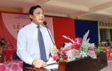 Phó Chủ tịch UBND tỉnh Phạm Tấn Hòa dự lễ khai giảng tại Trường THPT Kiến Tường