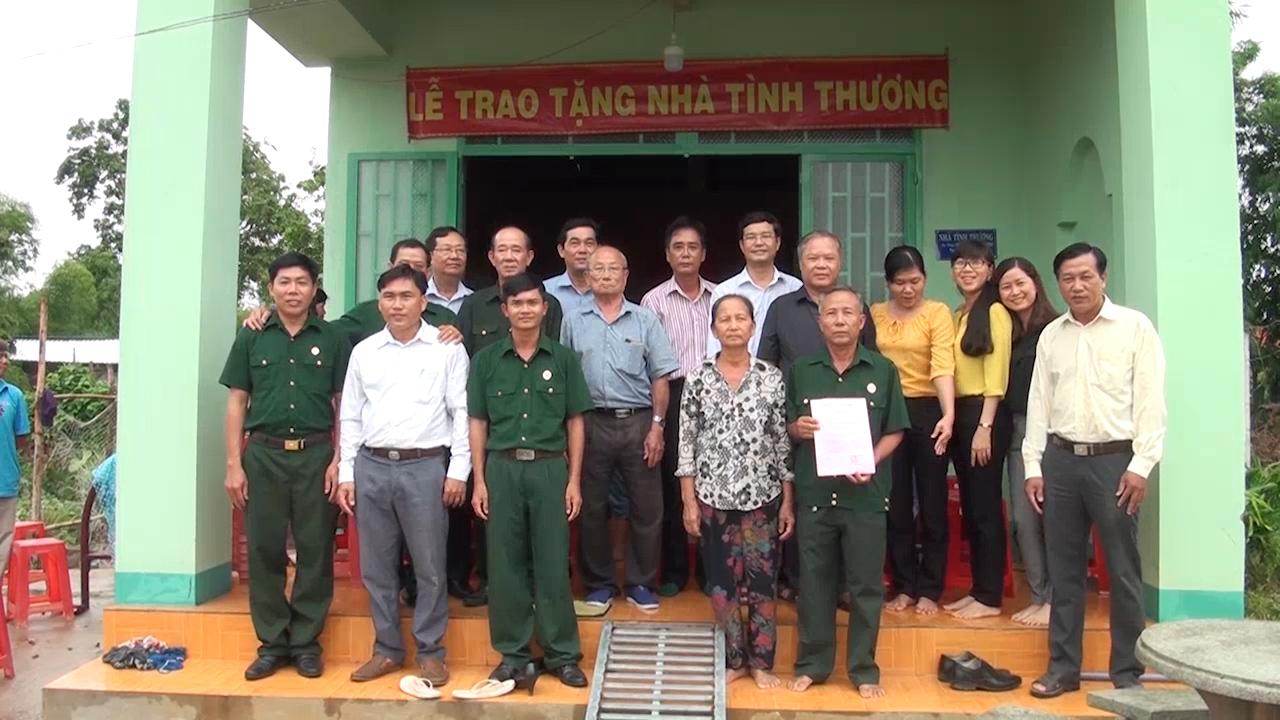 Hội Cựu chiến binh Đức Hòa vận động trao tặng nhà cho CCB có hoàn cảnh khó khăn
