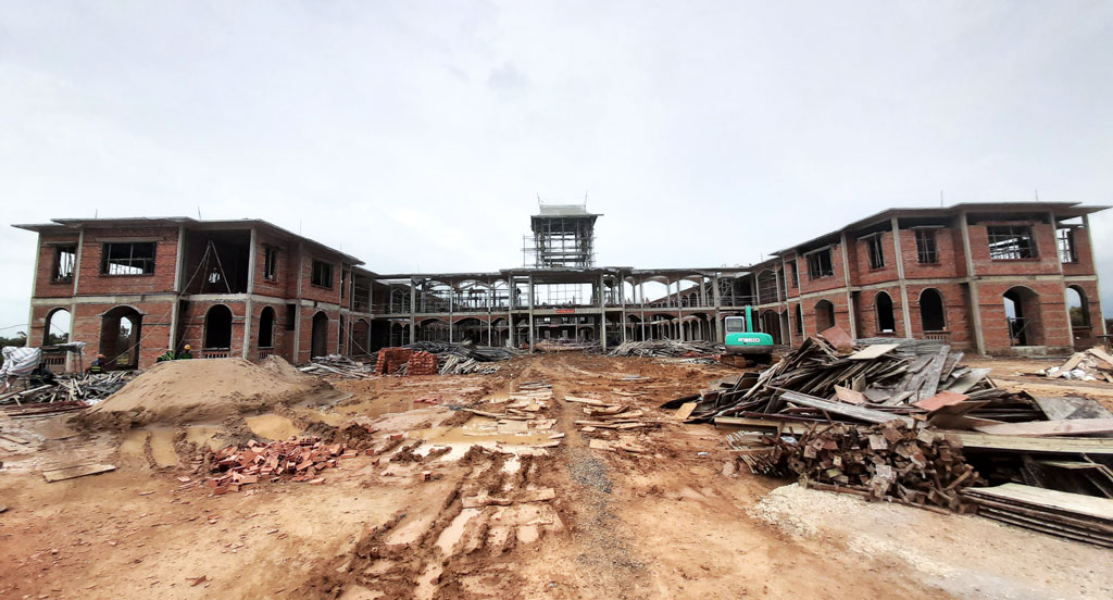 Thien Ho Duong High School project has done 65 percent of the work up to now