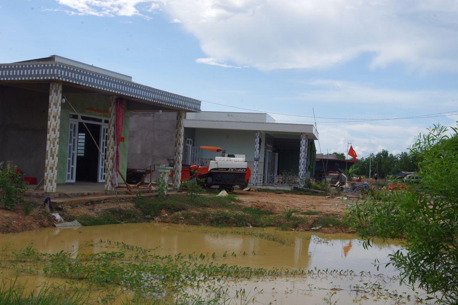 Những căn nhà trong Điểm dân cư liền kề chốt dân quân Thái Bình Trung tạo diện mạo mới trên tuyến biên giới