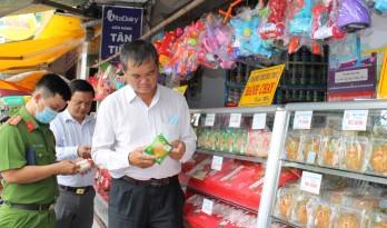 Thận trọng khi chọn mua thực phẩm đóng gói