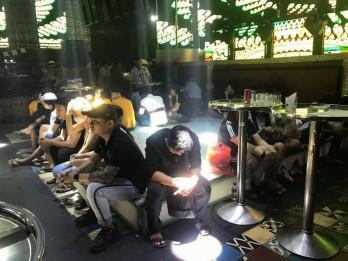 Đột kích quán bar ở Tiền Giang, phát hiện hơn 100 người dương tính ma tuý