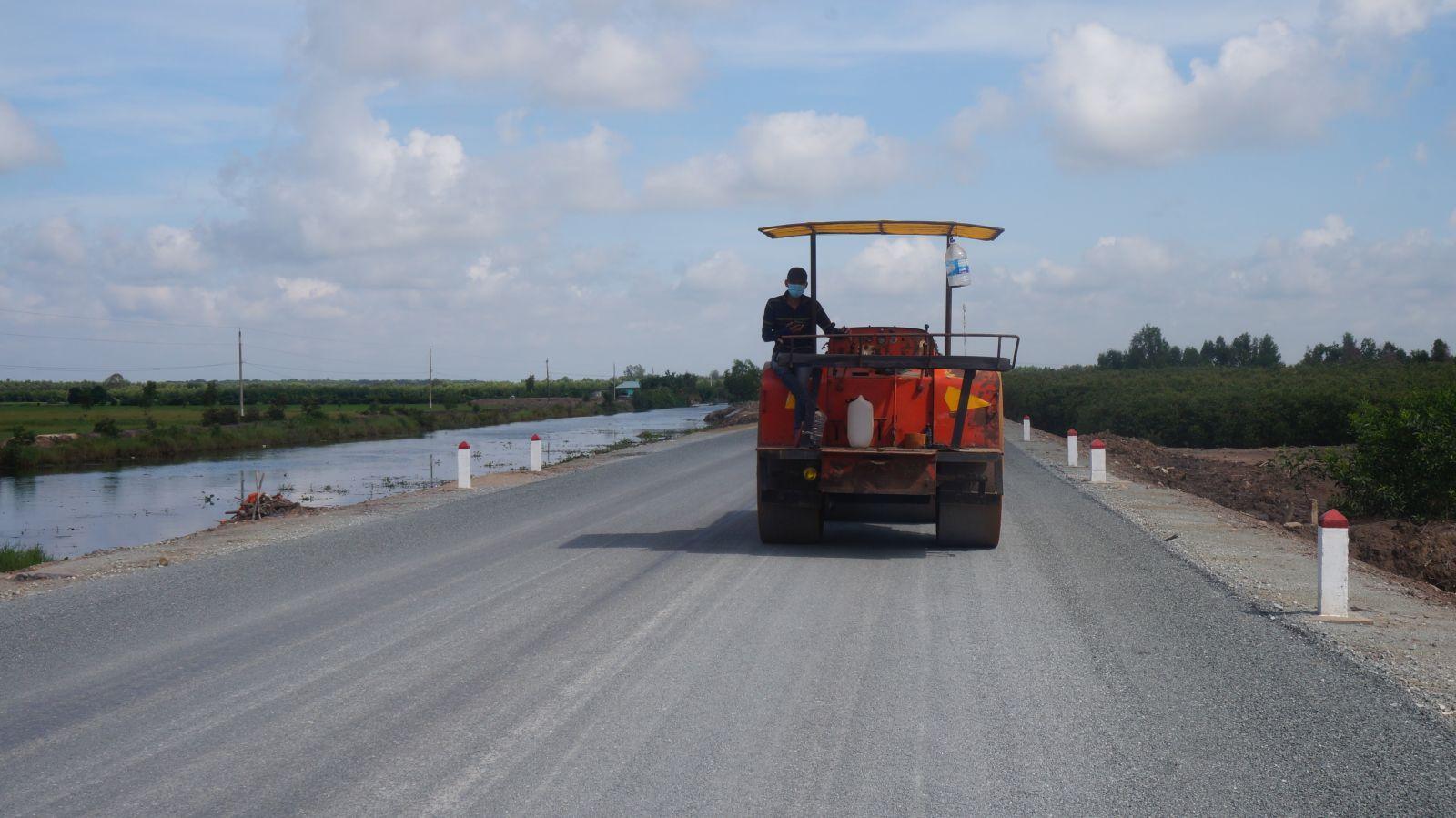 Hạ tầng giao thông nông thôn ở huyện đã thay đổi nhiều so với vài năm trước