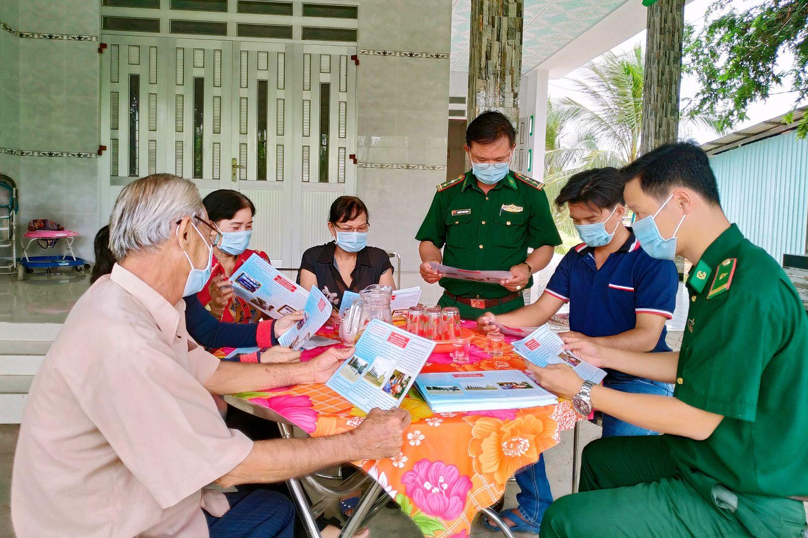 Đồn Biên phòng Thuận Bình tuyên truyền đến người dân về chủ quyền, an ninh biên giới