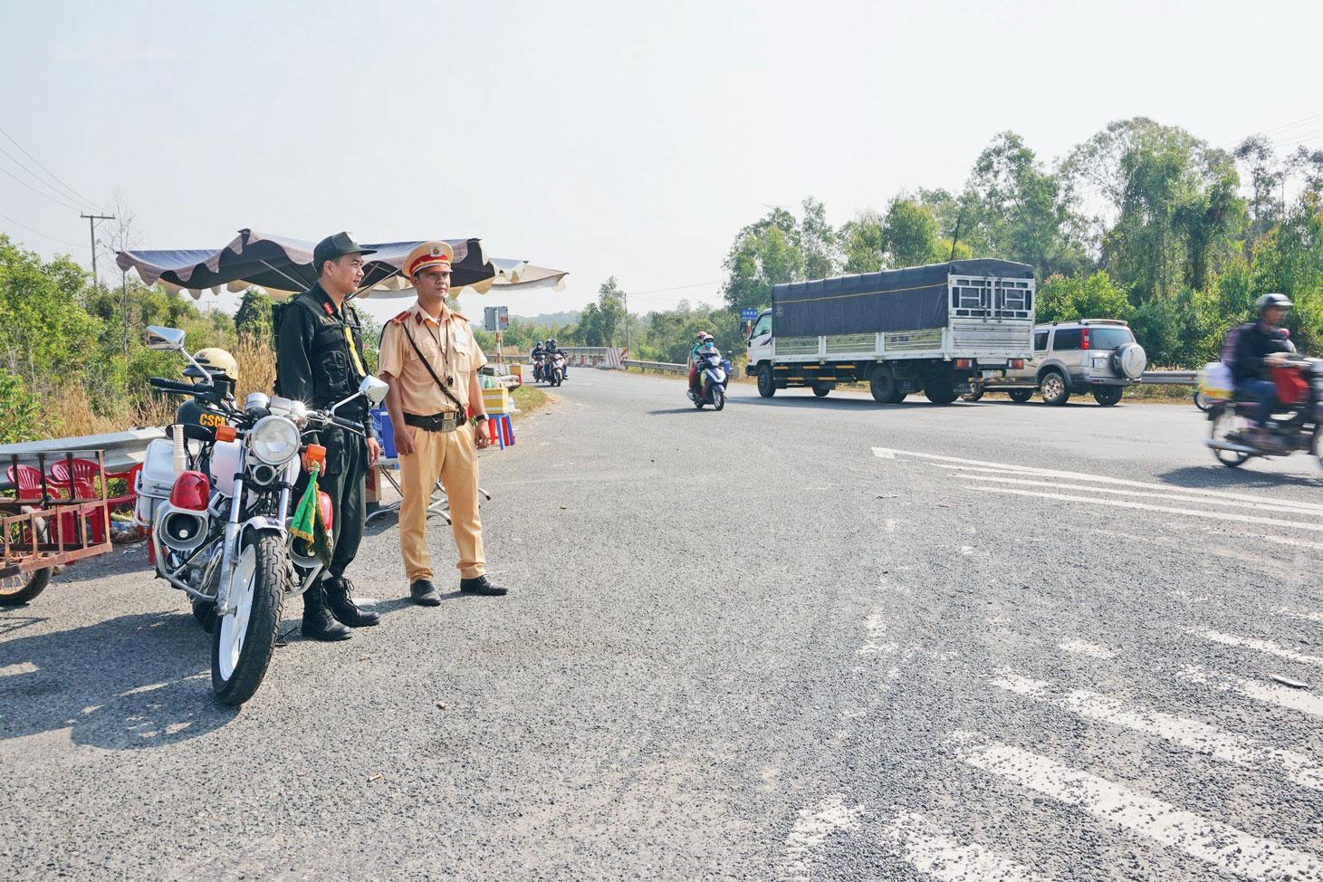 Tăng cường xử lý hành vi vi phạm về trật tự, an toàn giao thông
