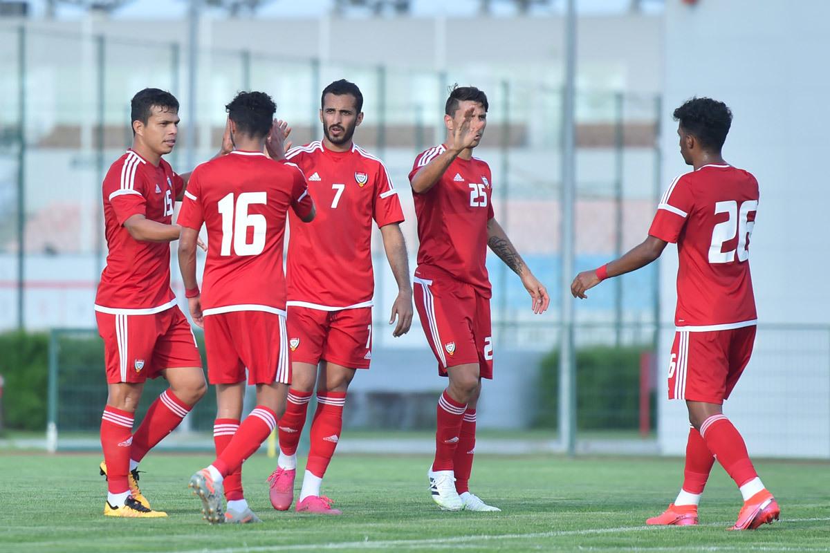Các cầu thủ UAE trong đợt tập huấn Serbia