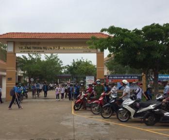 Đảm bảo trật tự, an toàn giao thông trước cổng trường học
