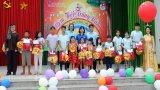 Agribank Long An tổ chức Trung thu cho trẻ em nghèo