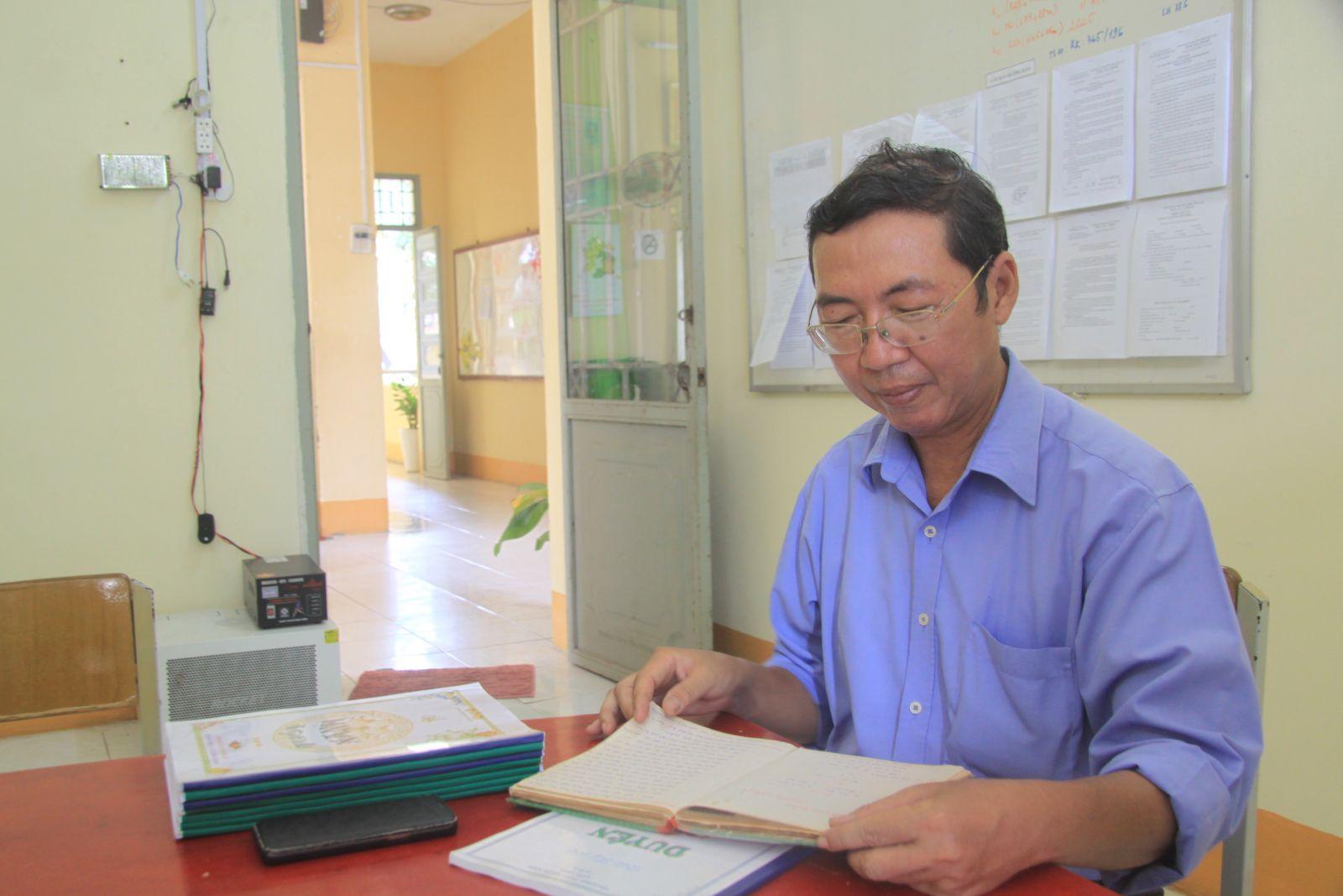 Thầy Nguyễn Trọng Hoàng - người lưu nhiều câu hò của Cần Đước