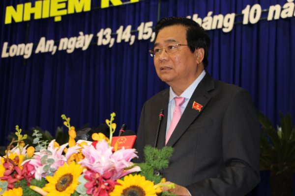 Secretary of the Provincial Party Committee, Chairman of the Provincial People's Council - Pham Van Ranh delivers the opening speech of the Congress