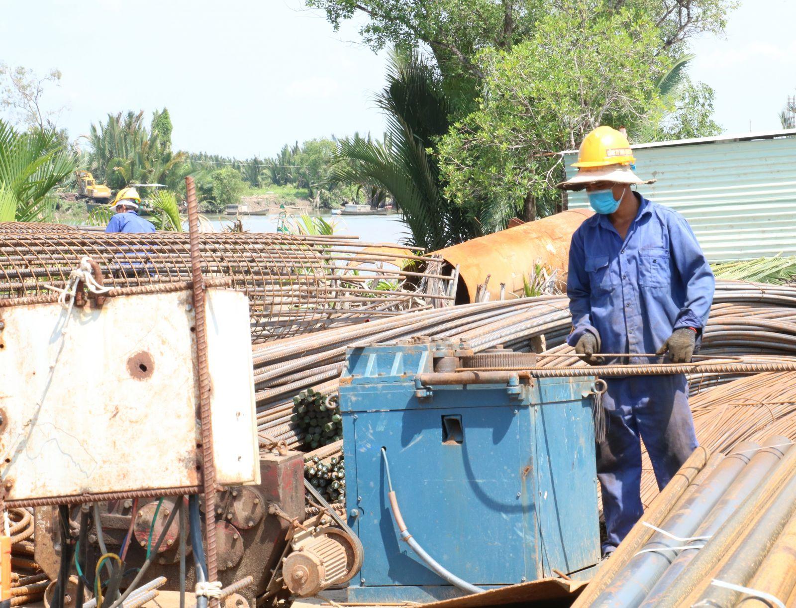 Anh Nguyễn Văn Hải - công nhân thực hiện cầu Rạch Dừa