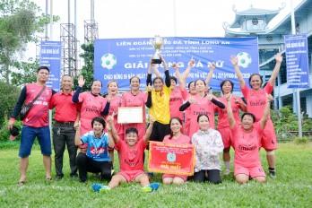10 đội bóng tham dự giải bóng đá nữ chào mừng 90 năm ngày phụ nữ Việt Nam