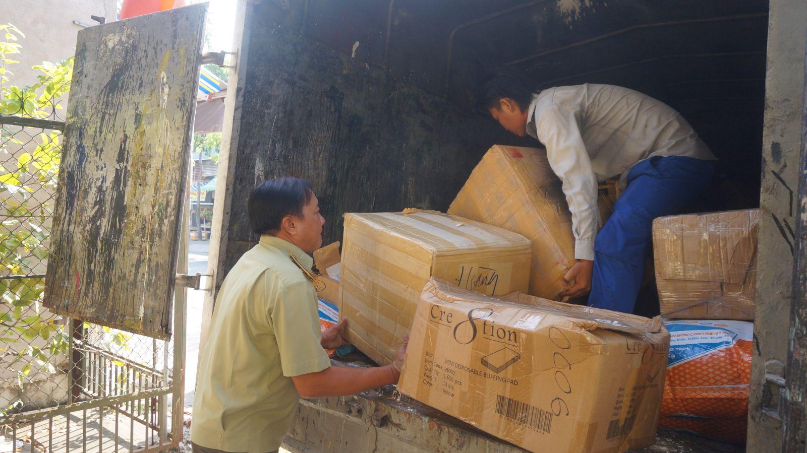 Hàng hóa không rõ nguồn gốc bị tạm giữ