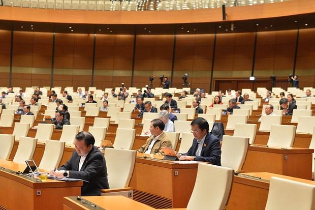 Các đại biểu tham gia phiên thảo luận sáng ngày 21/10. (Ảnh: quochoi.vn)