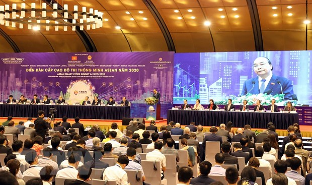 Thủ tướng Nguyễn Xuân Phúc, Chủ tịch ASEAN 2020 phát biểu tại diễn đàn. (Ảnh: Thống Nhất/TTXVN)