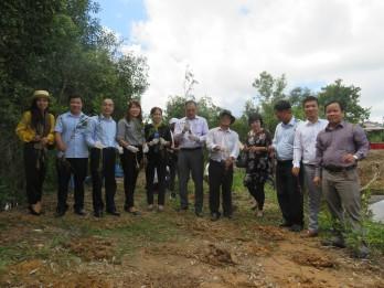 Long An: Công ty Pure phát động nông dân trồng cây tràm dược liệu