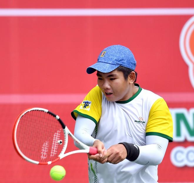 Tài năng quần vợt Nguyễn Quang Vinh