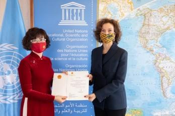 Đại sứ Việt Nam tại Pháp trình Thư ủy nhiệm lên Tổng giám đốc UNESCO