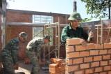 Tình quân - dân nơi biên giới