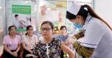 Long An: Gần 5.300 nhân viên y tế được tiêm vắc xin cúm mùa