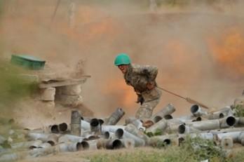 Nóng chiến sự Nagorno-Karabakh: Azerbaijan tuyên bố chiếm thị trấn chiến lược