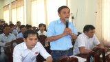 Bí thư Huyện ủy Cần Đước đối thoại với công nhân lao động