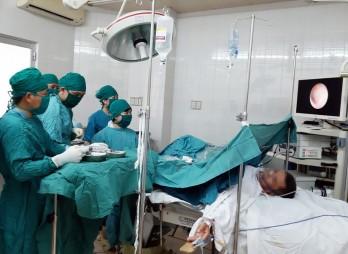 Nghiệm thu kỹ thuật lĩnh vực Ngoại tiết niệu giữa Bệnh viện Chợ Rẫy và Bệnh viện Đa khoa Long An