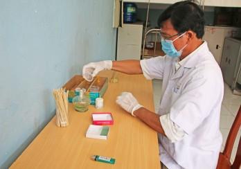 Bệnh viện Phổi Long An khám sàng lọc bệnh lao tại Trung tâm Công tác xã hội