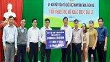 Long An thăm, hỗ trợ 1 tỉ đồng và 10 tấn gạo cho tỉnh Thừa Thiên Huế