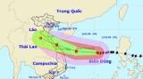 Lý giải nguyên nhân bão số 13 đổi hướng và di chuyển chậm trước khi vào đất liền