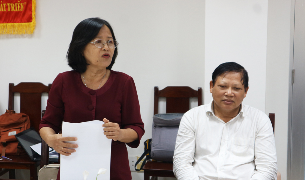 Former Standing Member of the Provincial People's Council - Nguyen Ngoc Hanh, Member of the Social and Cultural Advisory Council of the Vietnam Fatherland Front Committee of the province recommends the percentage of trained workers