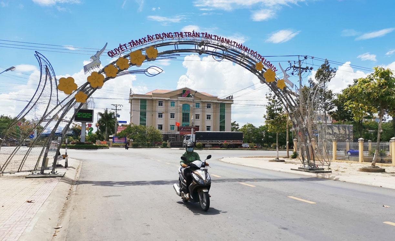 Mô hình Tuyến phố văn minh góp phần thay đổi bộ mặt thị trấn Tân Thạnh