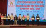 Long An: 137 người lớn tuổi học tập tiêu biểu được tuyên dương, khen thưởng