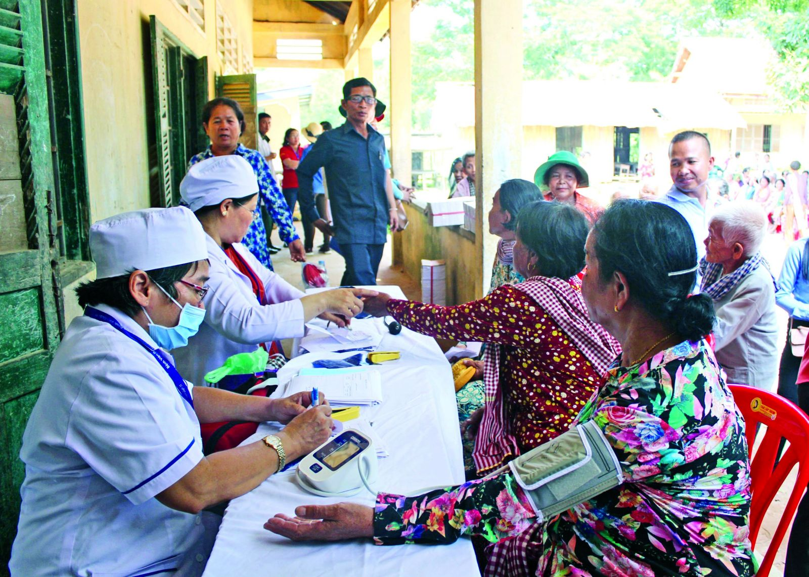 Free medical examination and medicine delivery to people