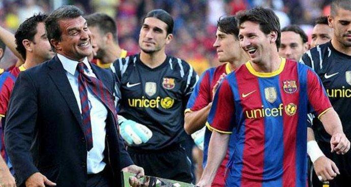 Nếu ứng viên Joan Laporta trúng cử ghế Chủ tịch, Messi sẽ viết tiếp lịch sử của mình cùng Barca
