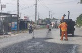 Khẩn trương khắc phục hư hỏng trên Quốc lộ 62, 50
