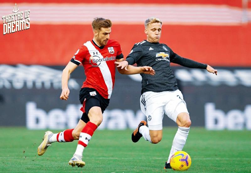Van de Beek đá chính trận gặp Southampton