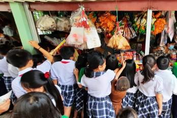Siết chặt an toàn thực phẩm trong trường học