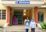 Sớm ngăn chặn học sinh hút thuốc lá điện tử trong trường học