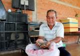 Nông dân tuổi cao làm kinh tế giỏi