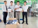 Hyundai Long An: Tặng áo thương hiệu cho Ban Dân vận và Hội Nông dân