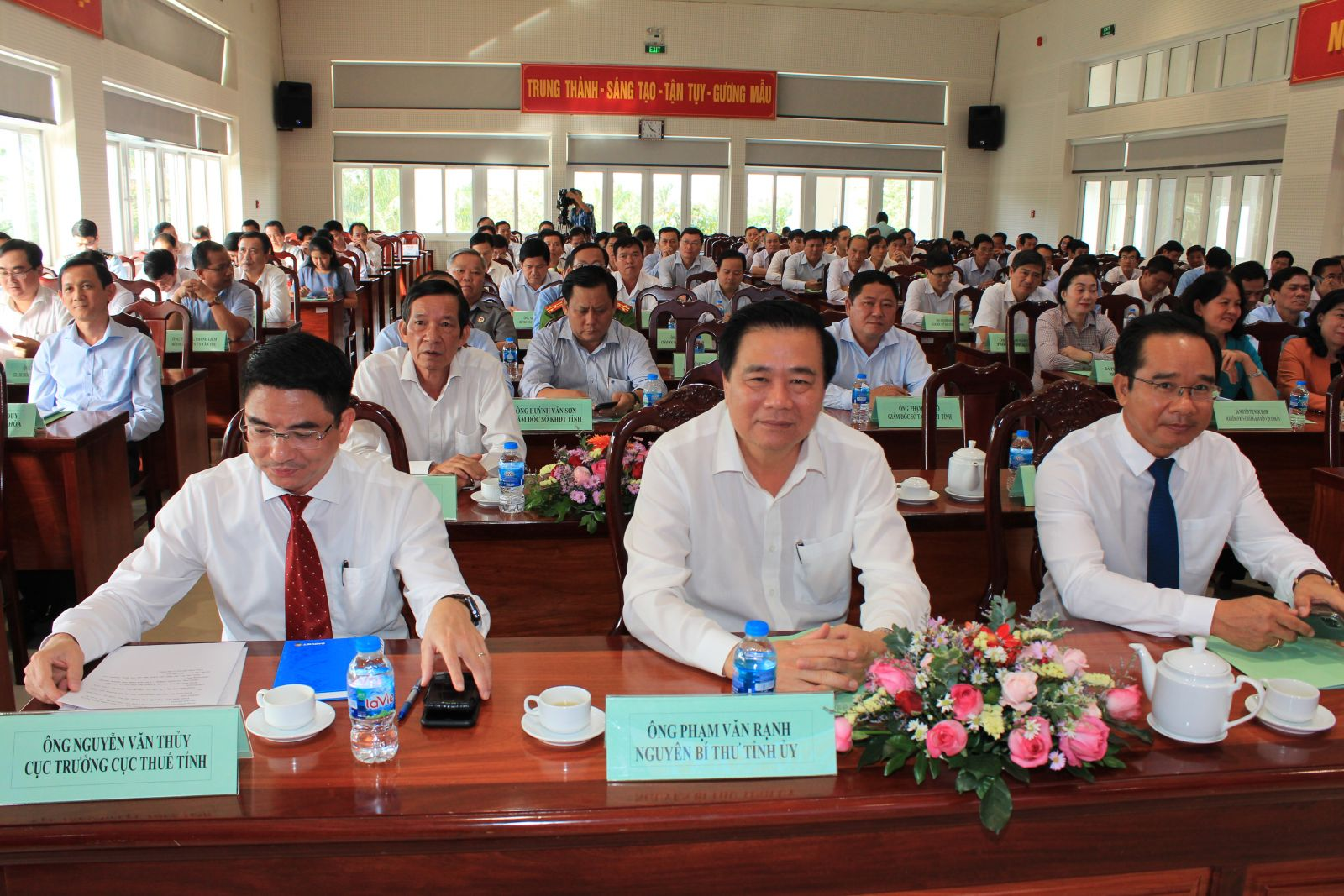 Provincial leaders attend the conference