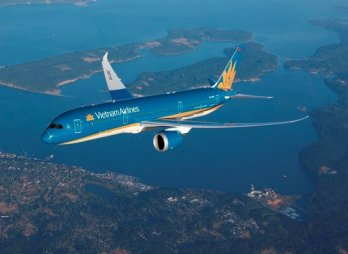 Vietnam Airlines launches new services on Hanoi-HCM City route
