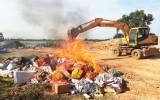 Long An tiêu hủy trên 113.000 gói thuốc lá ngoại nhập lậu