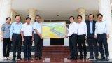Nguyên Chủ tịch nước Trương Tấn Sang thăm và làm việc tại huyện Tân Trụ